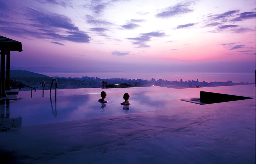 大型景觀露天溫泉浴池