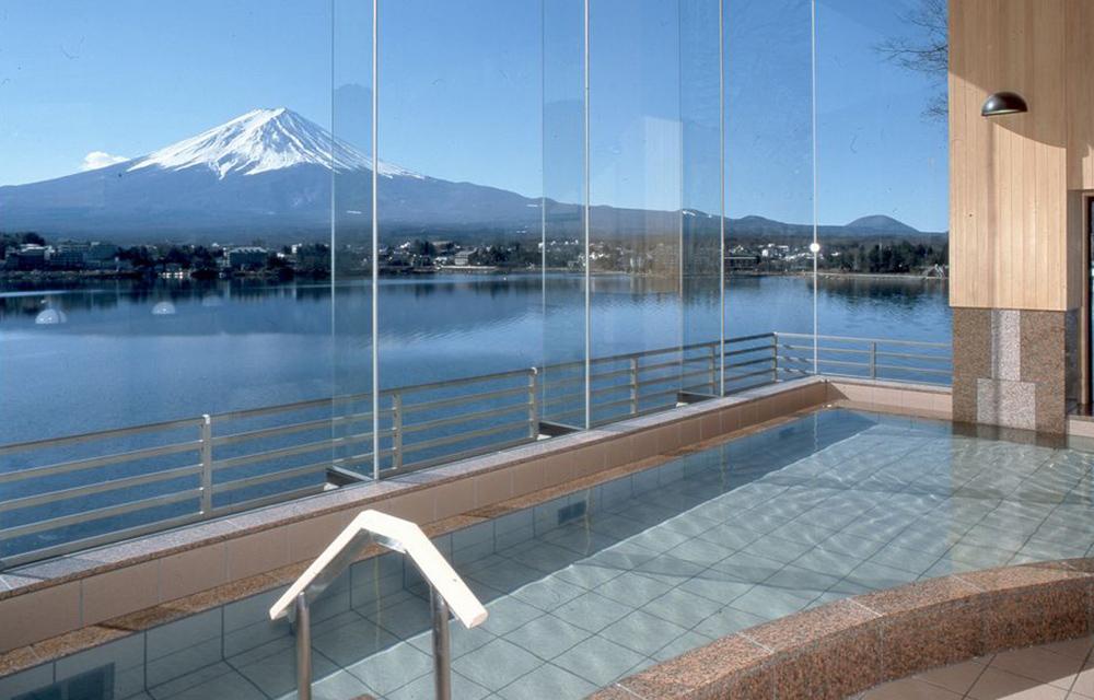 屋上の「富士山展望台」