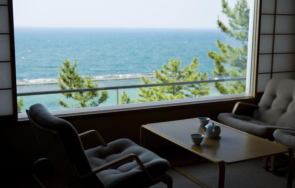 日本海一望の客室