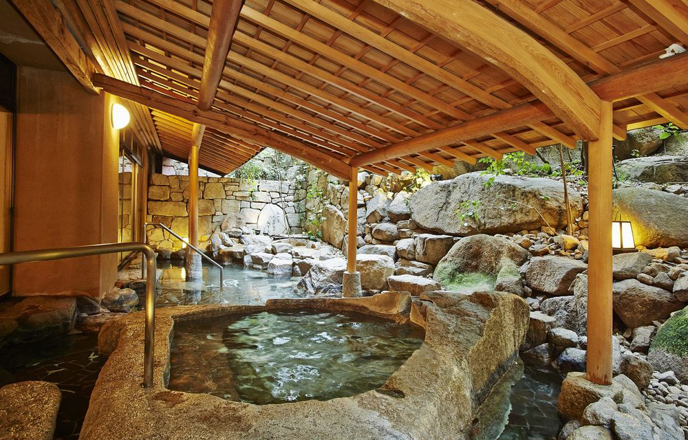露天溫泉浴池(女性)