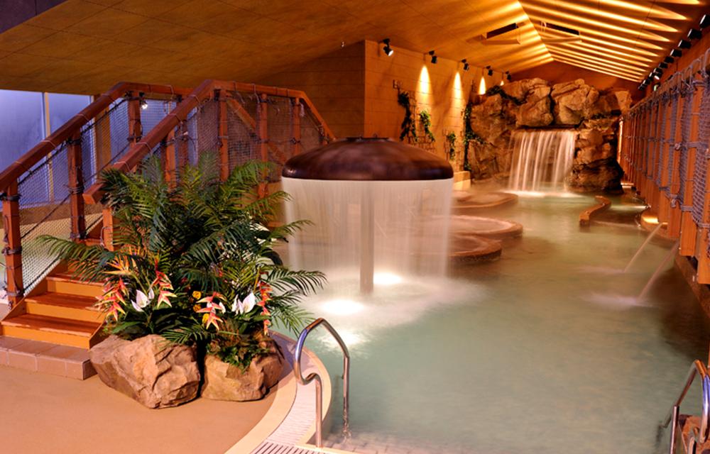 海底溫泉(室內泳衣區)